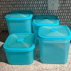 Tupperware Stuffables Aqua Blue Modular Mates